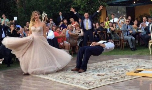 Смешные и прикольные свадебные фотографии (17 шт)